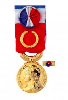 Médaille et plateau